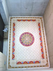 Floor mural with Chinese circle stencil design